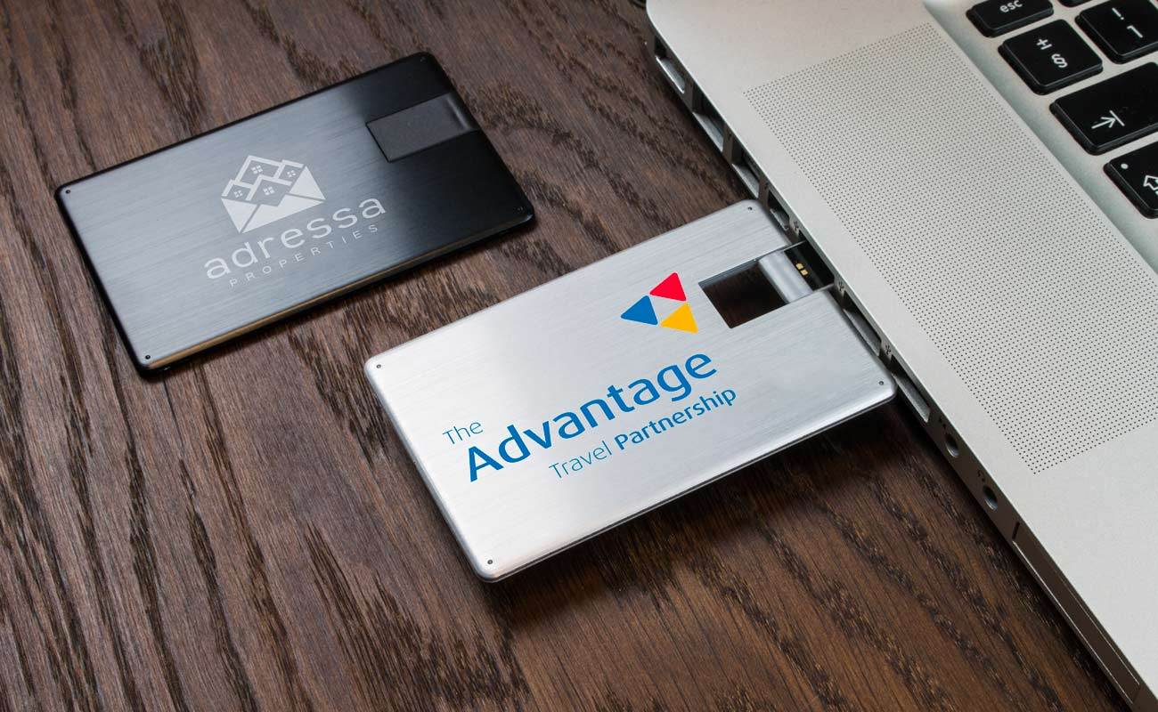 Alloy - Custom USB Card