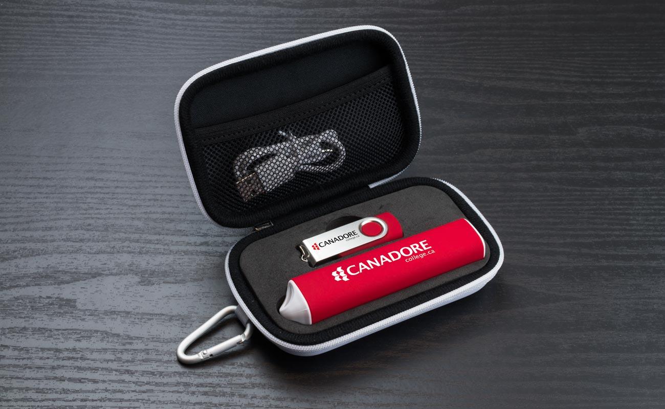 Pure S - Egyedi Pendrive és Custom Portable Charger